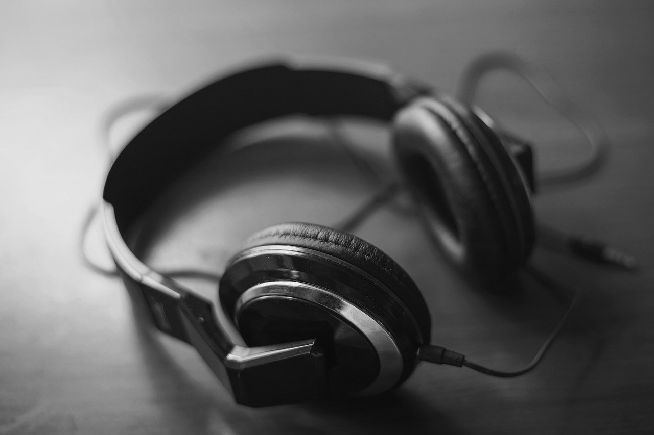 plateforme-decouverte-musicale-streaming-headphones